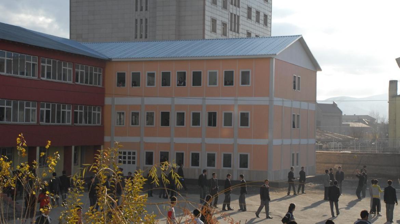 hakkari-valiligi-okullari-hakkari-11